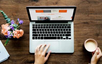 Mit Klick auf dieses Bild eines Laptops, auf dem die MINT-Frauen Homepage aufgerufen wird, gelangen Sie zu Neuigkeiten des Bündnisses.