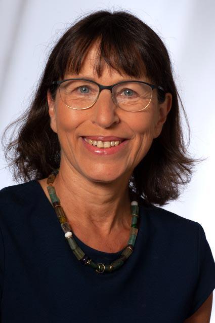 Porträtfoto der Biologin Dr. Barbara Müller