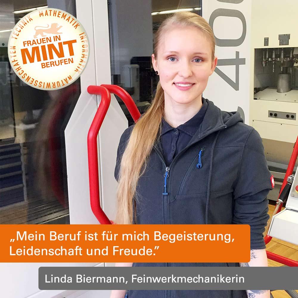 """Das Bild zeigt Linda Biermann, wie sie mit Pullover und einem blonden Zopf vor einer Maschine steht. Im Bild ist ein Zitat von ihr: """"Mein Beruf ist für mich Begeisterung, Leidenschaft und Freude."""""""