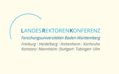 Mit Klick auf dieses Logo gelangen Sie zum Bündnispartner-Porträt der Landesrektorenkonferenz der Forschungsuniversitäten Baden-Württemberg