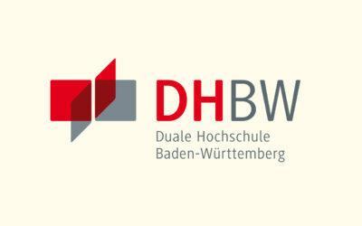Mit Klick auf dieses Logo gelangen Sie zum Bündnispartner-Porträt der Dualen Hochschule Baden-Württemberg