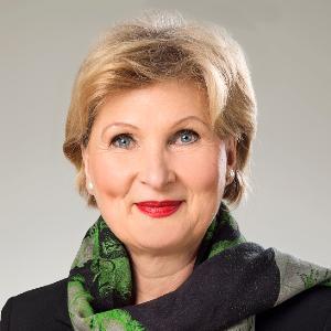 Das Bild zeigt die Rektorin der Hochschule Mannheim: Prof. Dr. Astrid Hedtke-Becker