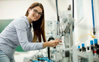 Info Truck der Metall- und Elektroindustrie 29. April 2022– Berufsorientierung für Mädchen