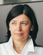 Das Bild zeigt ein Porträt von Dr. Mariola Fotin-Mleczek.