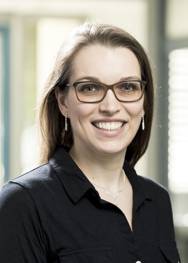 Das Bild zeigt Glassomer CEO Dr. Dorothea Helmer im Porträt