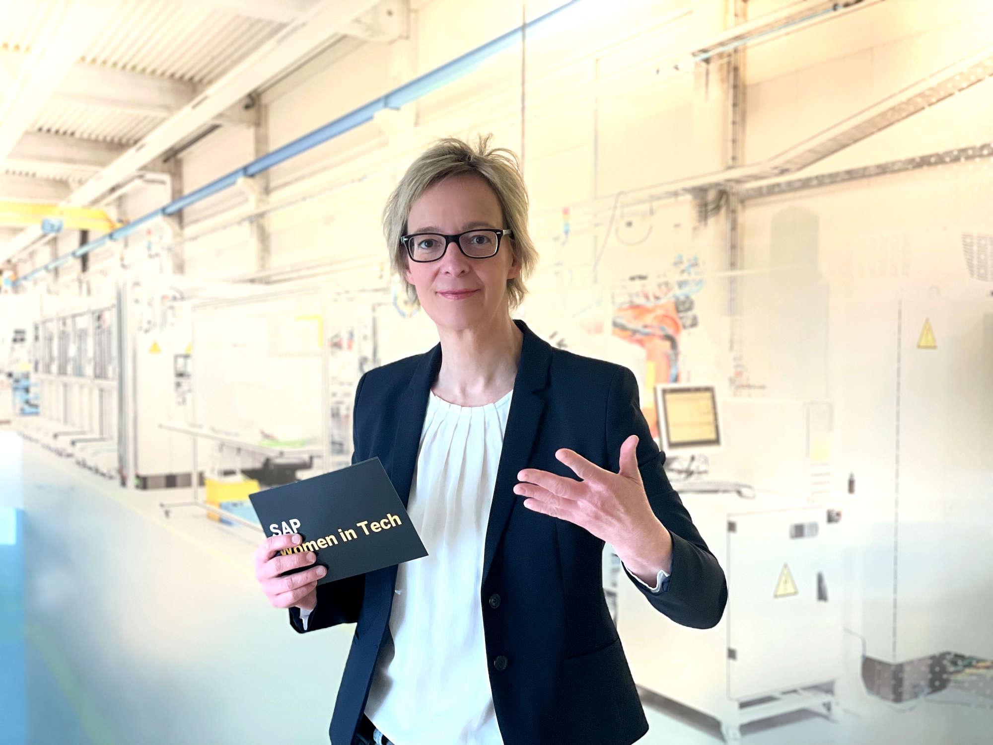 SAP-Aufsichtsrätin Christine Regitz spricht als Head of Women in Tech@SAP über den digitalen Wandel.
