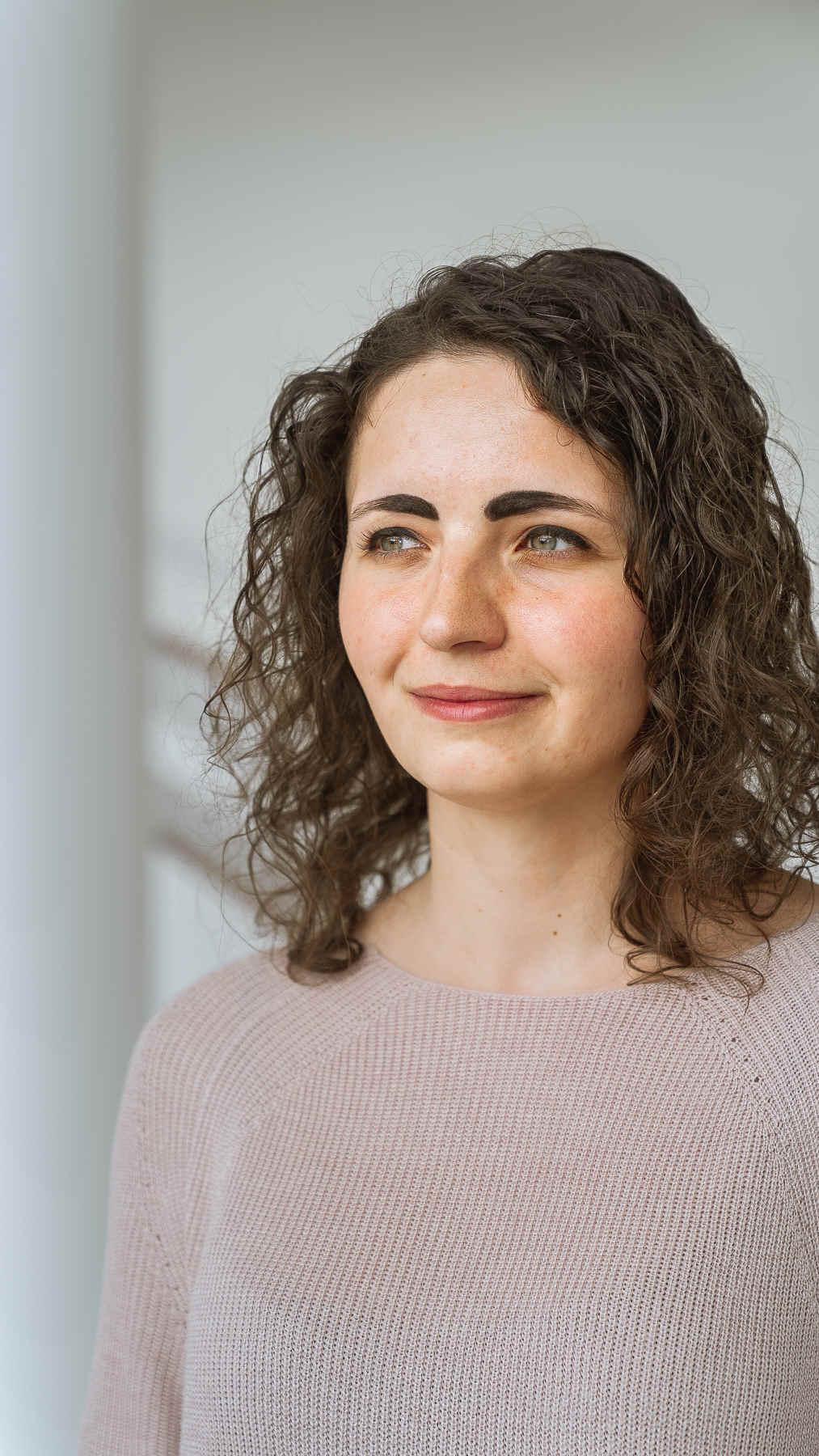 Porträtfoto von Patricia Haremski, Ingenieurin im Bereich Brennstoffzelle.